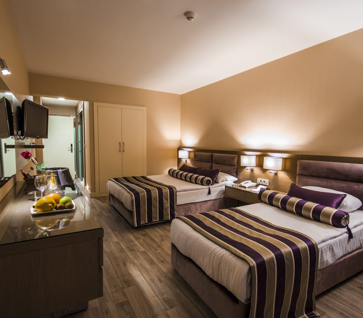 hotel-room-6